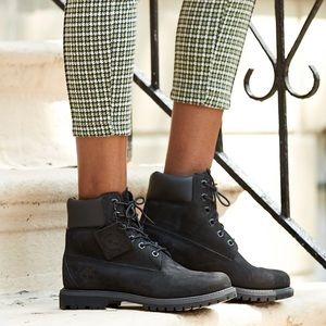 HARDLY WORN size 6.5 black womens timberland boots